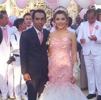 Foto Resepsi Pernikahan Bella Shofie dan Suryono