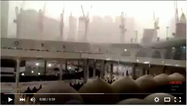 Video Jatuhnya Crane Besar di Mekkah